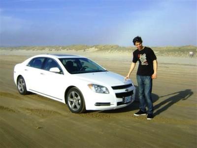 auto+en+playa+california