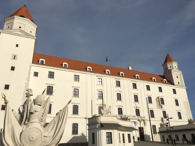 castillo+bratislava+europa