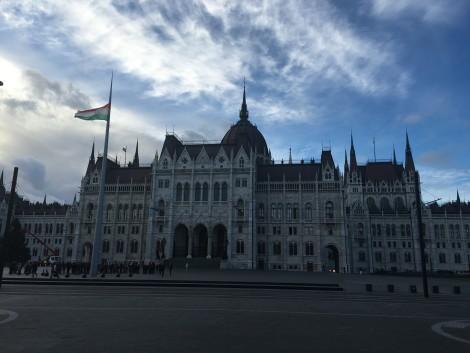 edificio+parlamento+budapest