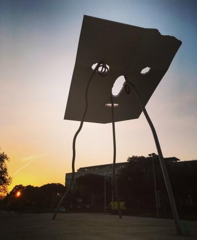 escultura+atardecer+barcelona