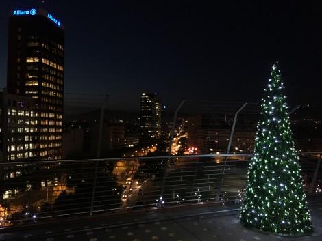 pino+navidad+barcelona+techo+mall