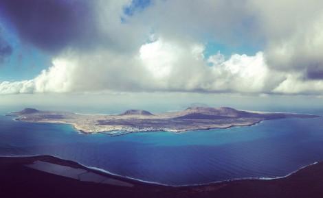 panoramica+isla+la+graciosa+mirador+manrique naturaleza en lanzarote