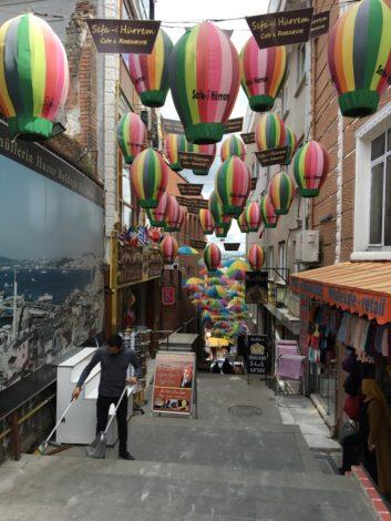 calle+colores+estambul+turquia