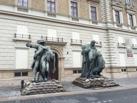 estatuas+budapest