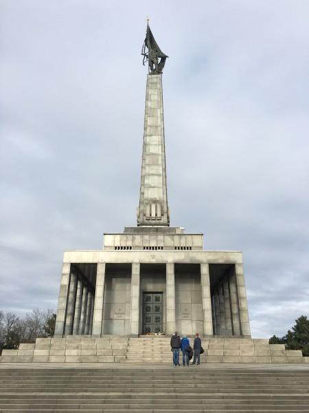 monumento+slavin+bratislava