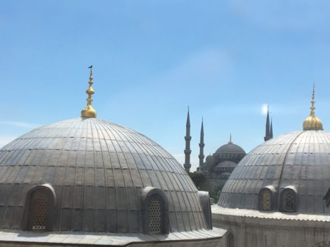 Vista de la Mezquita Azul desde el primer piso.