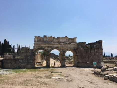 calle+pamukkale+turquia+ruinas