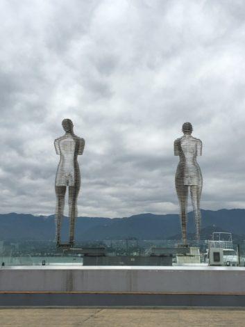 estatuas+batumi+georgia