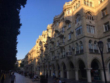 edificiosestiloazer visitar baku azerbaiyan