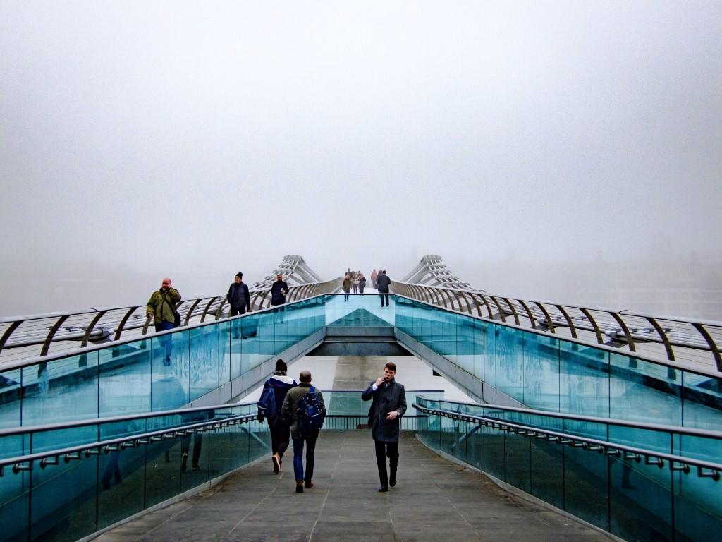 puente millenium londres colgante